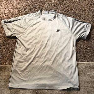 Nike silver grey xl shirt exercise workout gym